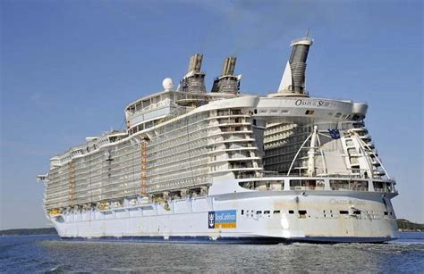 Pictures Of The Biggest Boat In The World by The Largest Cruise Ship In The World Is Five Times The