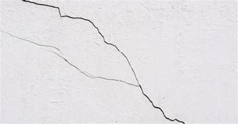 les fissures sur mur ext 233 rieur microfissure fissures fines et l 233 zardes