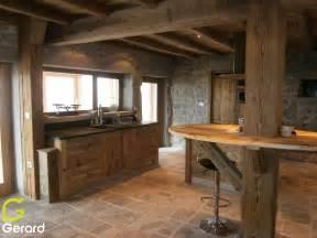 le vieux bois quand la poutre se fait meuble menuiserie agencement gerard fabrication