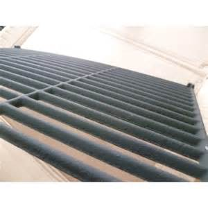 grille en fonte emaillee pour barbecue adelaide 3 74819 tendance loisirs