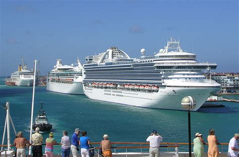Cruises Miami Aruba aruba three cruise ships three cruise ships carrying a