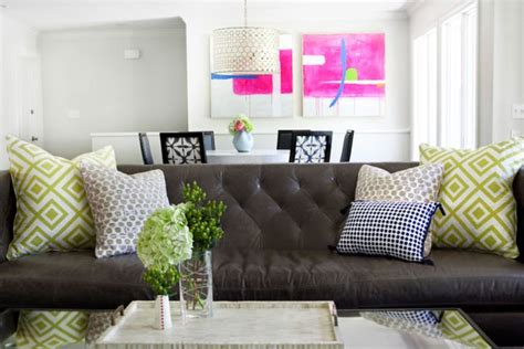 Room Using Brown Couch Decor Mirror Coffee Table Furniture Hammered Silver Lobster Pot Ottoman Vs Shop Tables Tablet Ethan Allen American Impressions With Chairs Underneath