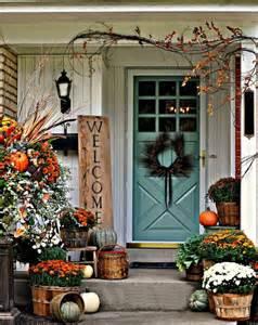 30 cozy thanksgiving front door d 233 cor ideas digsdigs