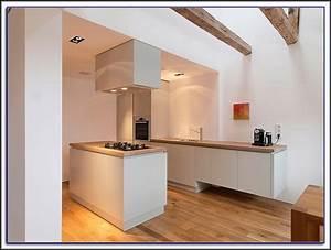 Arbeitsplatte Eiche Massiv Ikea : arbeitsplatte eiche massiv durchgehende lamellen arbeitsplatte house und dekor galerie ~ Markanthonyermac.com Haus und Dekorationen