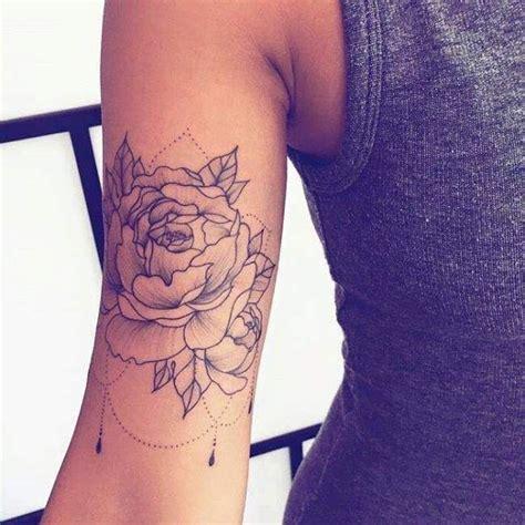 tatouage de femme tatouage dotwork sur bras and tatoo
