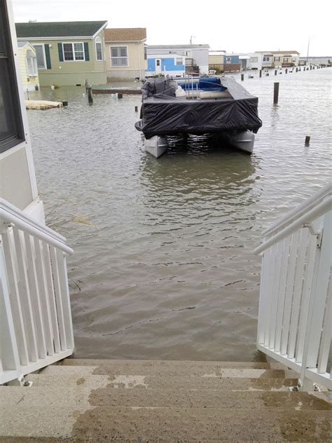 Public Boat Launch In Ocean City Md by Maryland S Ocean City Wakes Up To Sandy Damage