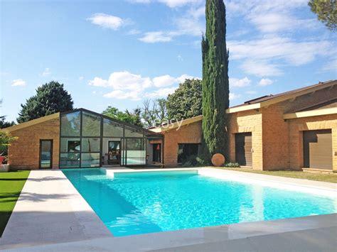 louer une villa avec piscine pour production photo tournage et 233 v 233 nement professionnel pr 232 s de