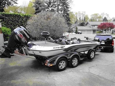 Phoenix Bass Boats Vs Skeeter by Ranger Bass Boat Bass Boats Pinterest B 229 Tar