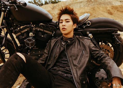 "Exo Rilis Video & Foto Teaser Xiumin Untuk ""don't Mess Up"
