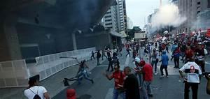 Brazil: Violence erupts in capital Brasilia after Senate ...