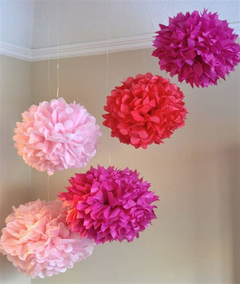 como hacer pompones de papel how to make pom poms the knownledge