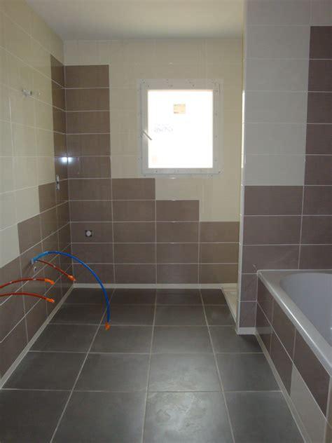 pose carrelage salle bain