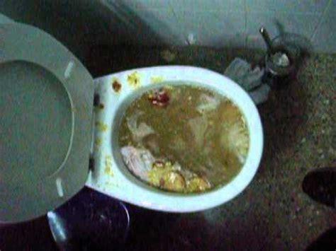 lifehack unclog blocked toilet fixing without plunger abfluss verstopft