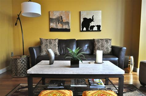 safari themed lounge in jungle themed living room