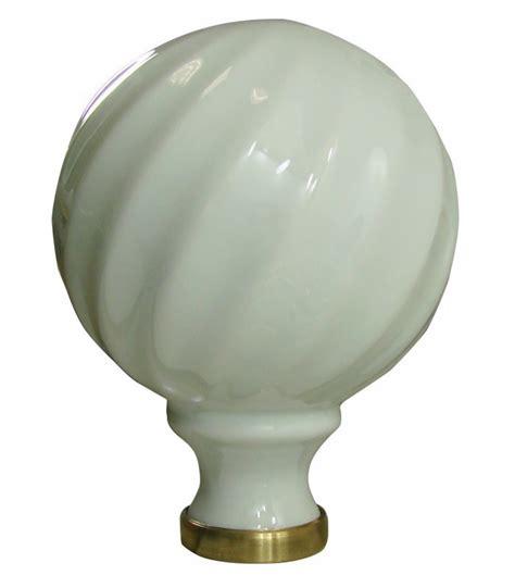 boule de re d escalier torsad 233 blanche 248 100 mm en porcelaine de limoges sur embase laiton