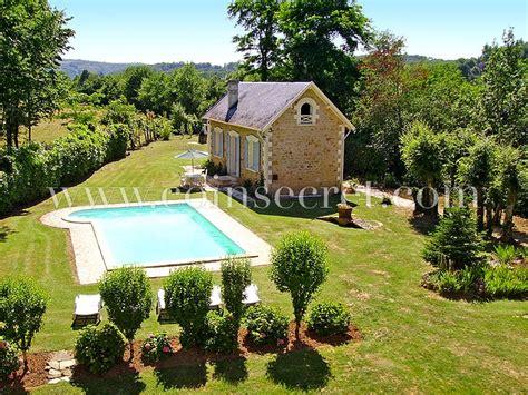 maison avec piscine 224 louer en dordogne vacances au calme 224 la cagne vers sarlat