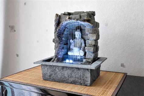 fontaine d 233 tente bouddha une fontaine utilis 233 e dans le feng shui