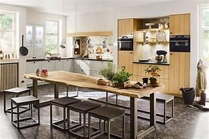 Küchen In Holzoptik : landhausk chen k chenbilder in der k chengalerie seite 8 ~ Markanthonyermac.com Haus und Dekorationen