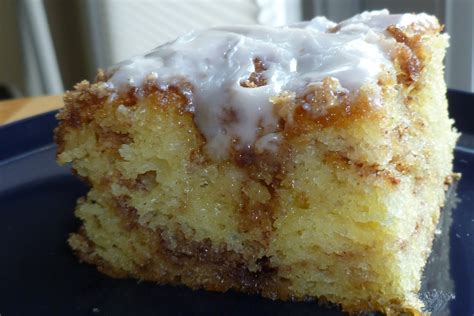 honey bun cake the pastry chef s baking honeybun cake