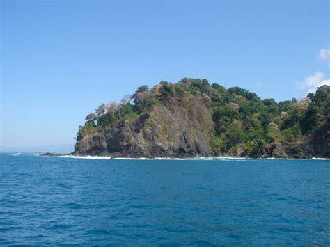 Excursion Catamaran Manuel Antonio by Excursion Dauphin Costa Rica