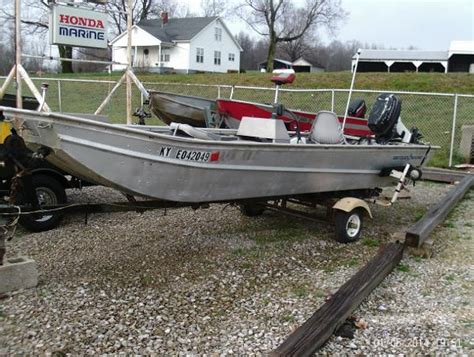 Tyler Boats Rockport by 1977 Fisher 15 Rockport Indiana Boats