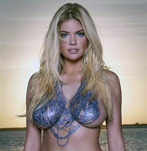 Kate Upton poses topless on a horse : Hollywood, News ...