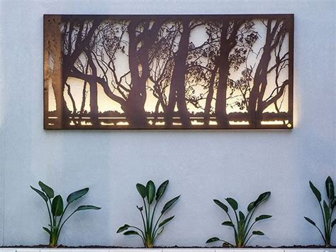 Large Metal Wall Art & Decor