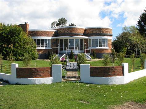 Panoramio-photo Of Climar-art Deco House