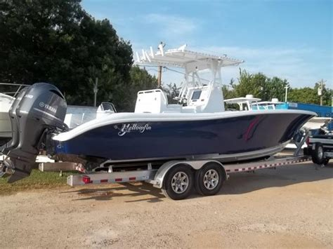 Contender Boats Houston Texas by Used Power Boats Center Console Boats For Sale In Kemah
