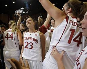 Women's basketball: Stanford snaps UConn's record 90-game ...