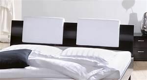 Kissen Für Bett Kopfteil : designerbett mit hochglanzoberfl che massivholzbett wayne ~ Markanthonyermac.com Haus und Dekorationen