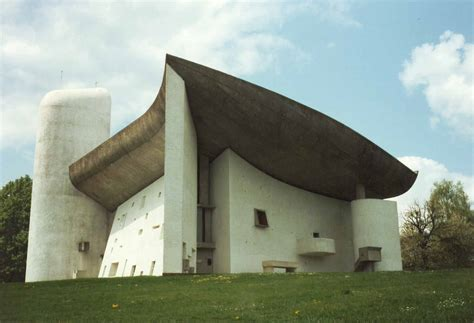 thoughts on architecture and urbanism icomos counseling against le corbusier 180 s buildings
