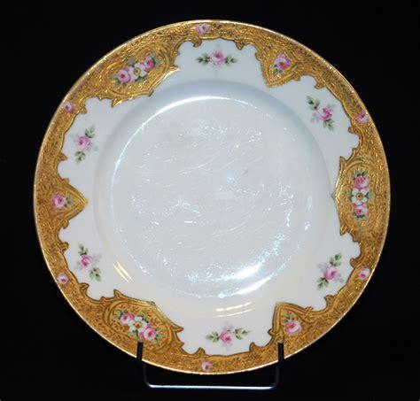 assiette en porcelaine de limoges d 233 cor peint et p 226 te d or porcelaines anciennes