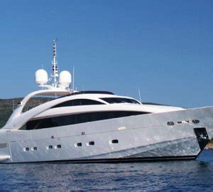 Whispering Angel Boat Owner by Al Fresco Dining Motor Yacht Glaze Yacht Charter