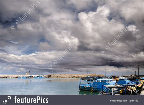 Boats And Harbors Online by Port And Marina Boats On Harbor Stock Picture I2465169