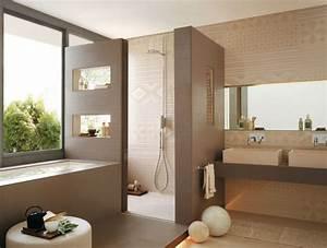 Bad Farben Ideen : ideen f r ein modernes badezimmer design mit praktischen fliesen und angenehmen farben bad wc ~ Markanthonyermac.com Haus und Dekorationen