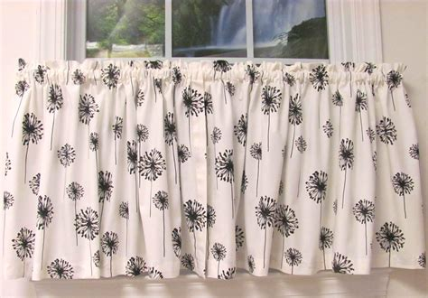 Posey White Black Monterey Valance 3-tab W Buttons