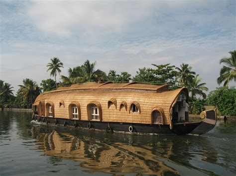Houseboat In Hindi by Visitor For Travel Amazing Kerala Houseboats Photos