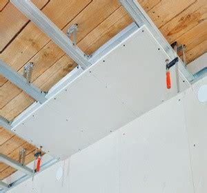 faux plafonds types et prix tout savoir habitatpresto