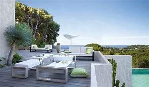 Gestaltung Von Terrassen : moderne terrassen von living garden ~ Markanthonyermac.com Haus und Dekorationen