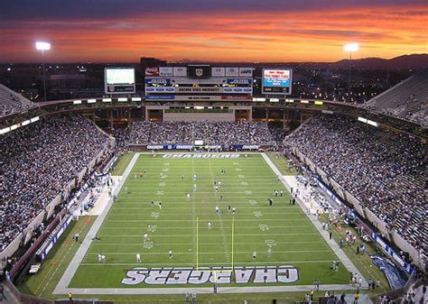 Los Angeles Or San Diego? Nfl To Choose Future Home For