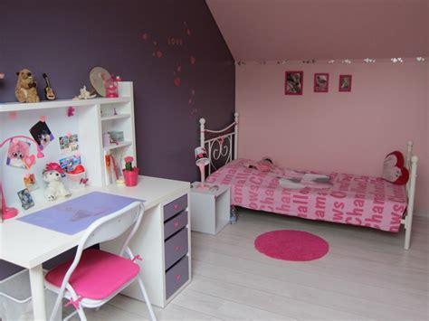 id 233 e chambre fille violet