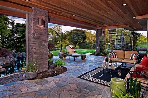 Outdoor Spaces : Outdoor Living Spaces With Water Feature And Greens
