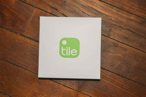 try tile wireless key finder and wallet tracker phone app creative carrie