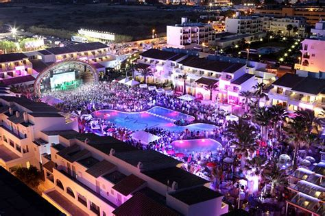 Boat Party Ushuaia by 301 Moved Permanently