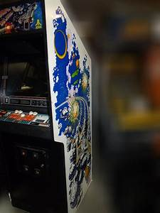 Asteroids Deluxe arcade game for sale - Vintage Arcade