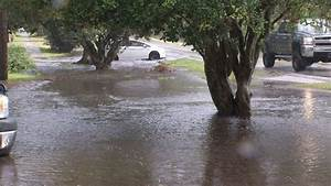 Severe storms flood streets, yards in Fort Caroline
