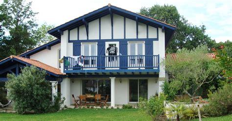maison au pays basque ventana