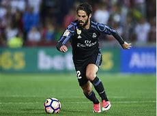 Real Madrid fans react to Isco's away goal after frantic