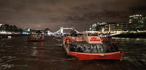 Party Boat East London by New Year S Eve Dinner Fireworks Cruises On The Thames